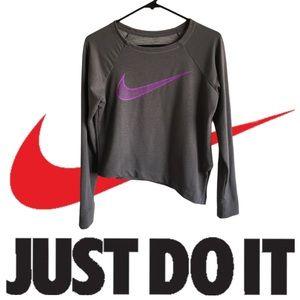 Nike Women's Cropped Long Sleeve Shirt